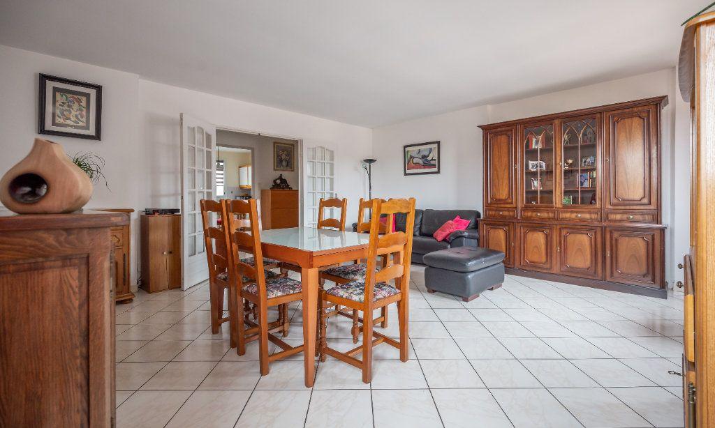 Appartement à vendre 5 109.9m2 à Villiers-sur-Marne vignette-4