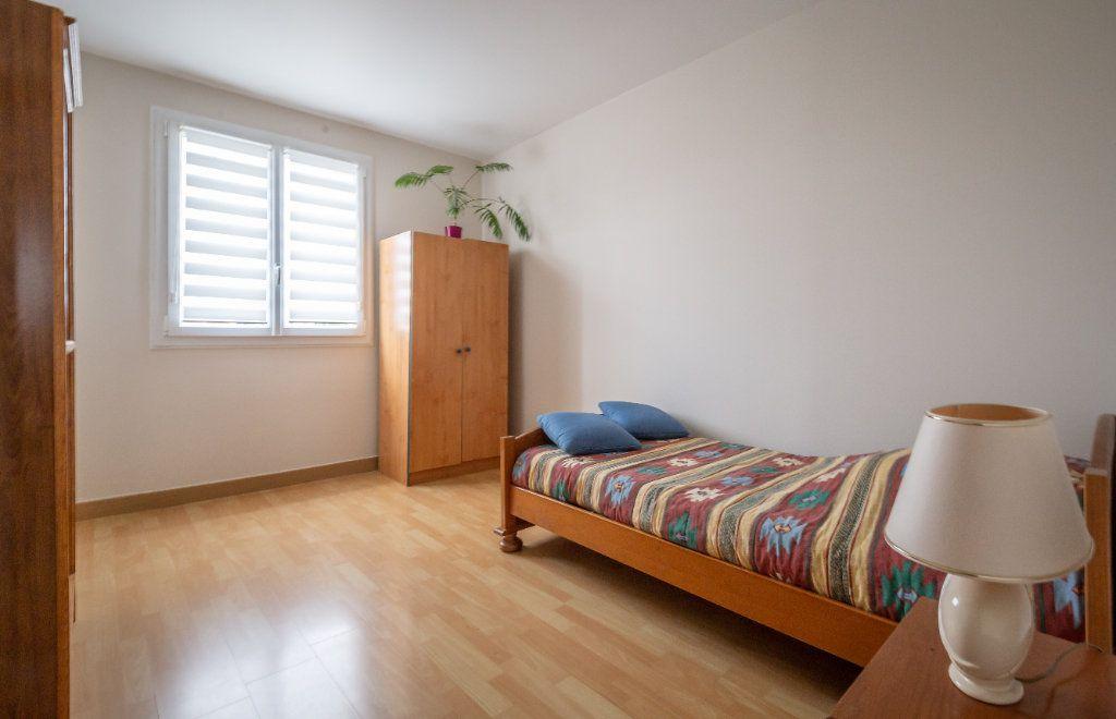 Appartement à vendre 5 109.9m2 à Villiers-sur-Marne vignette-6
