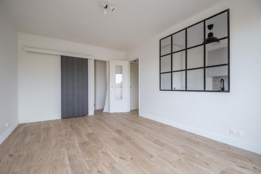 Appartement à louer 1 25.93m2 à Saint-Maur-des-Fossés vignette-2