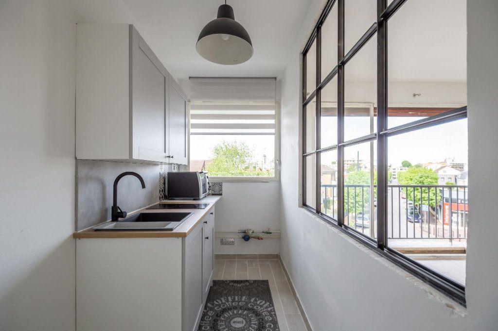 Appartement à louer 1 25.93m2 à Saint-Maur-des-Fossés vignette-3
