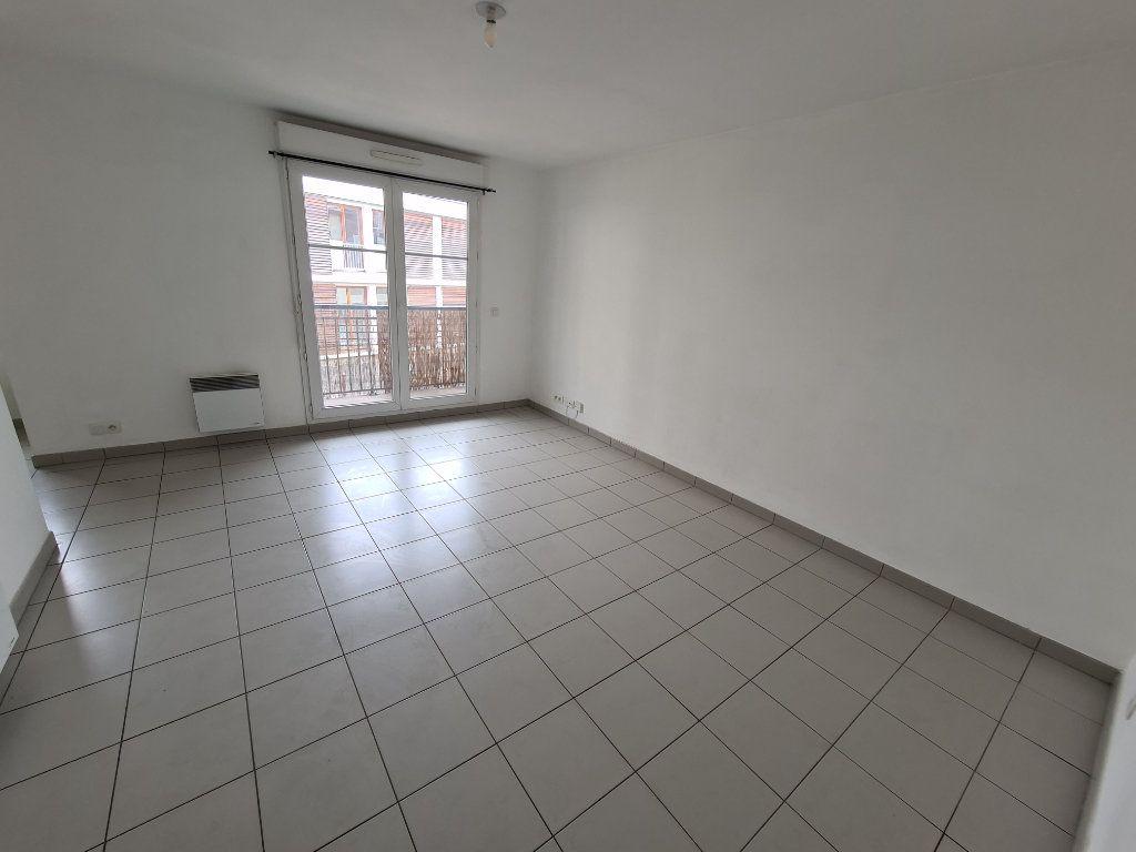 Appartement à louer 2 41.56m2 à Villiers-sur-Marne vignette-1