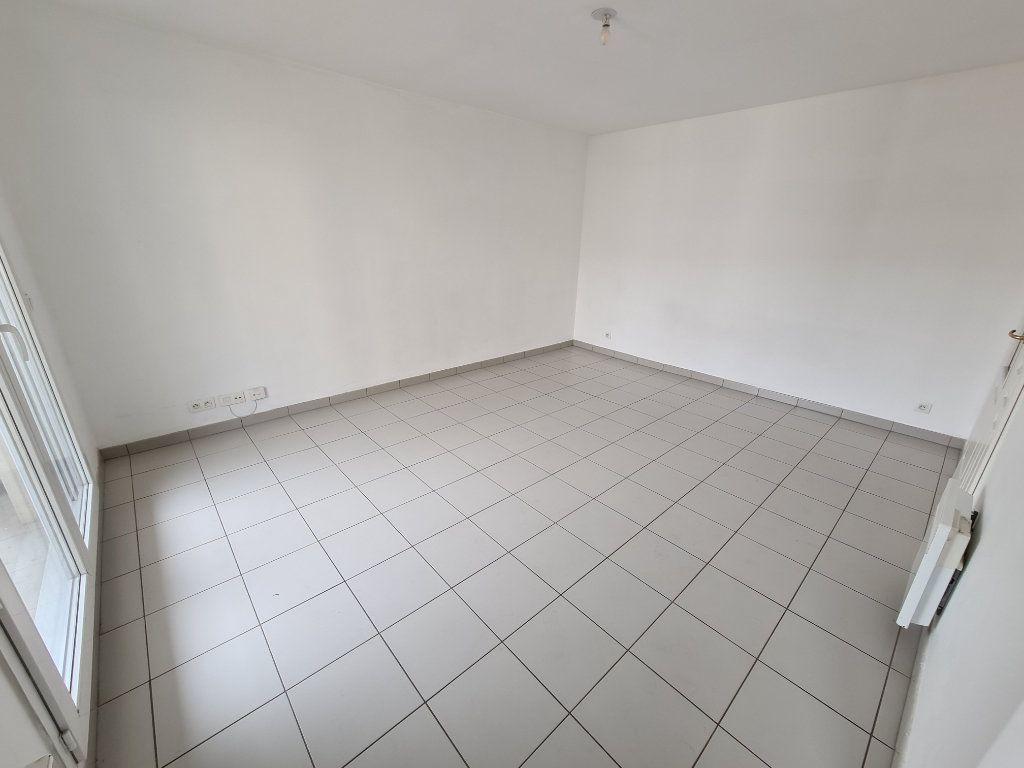 Appartement à louer 2 41.56m2 à Villiers-sur-Marne vignette-2