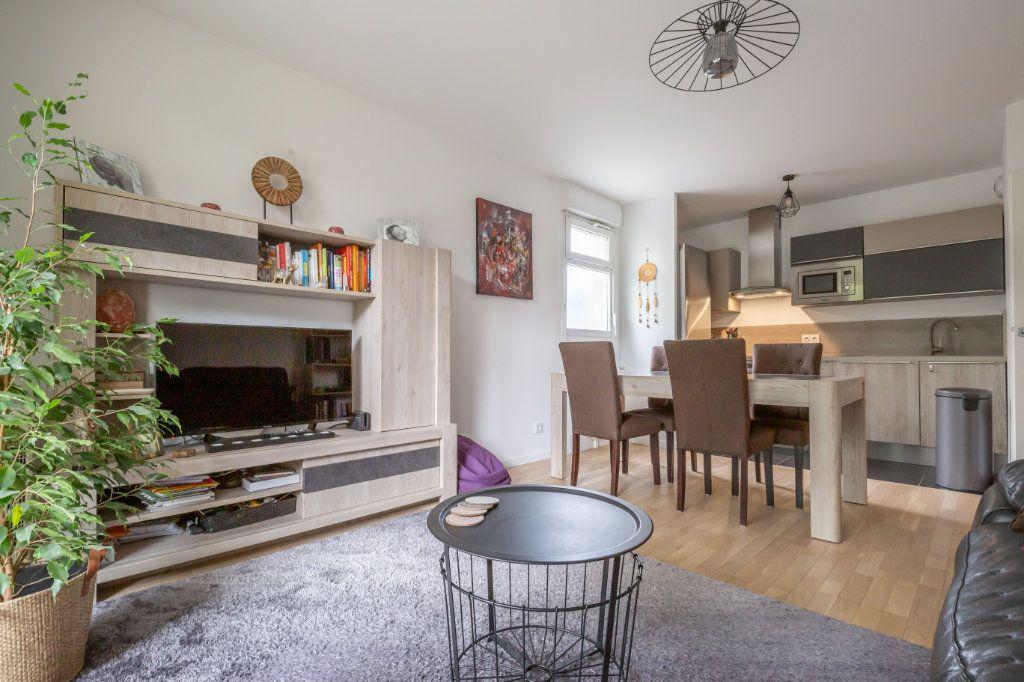 Appartement à vendre 3 59.35m2 à Villiers-sur-Marne vignette-3