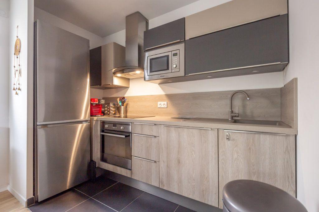 Appartement à vendre 3 59.35m2 à Villiers-sur-Marne vignette-4