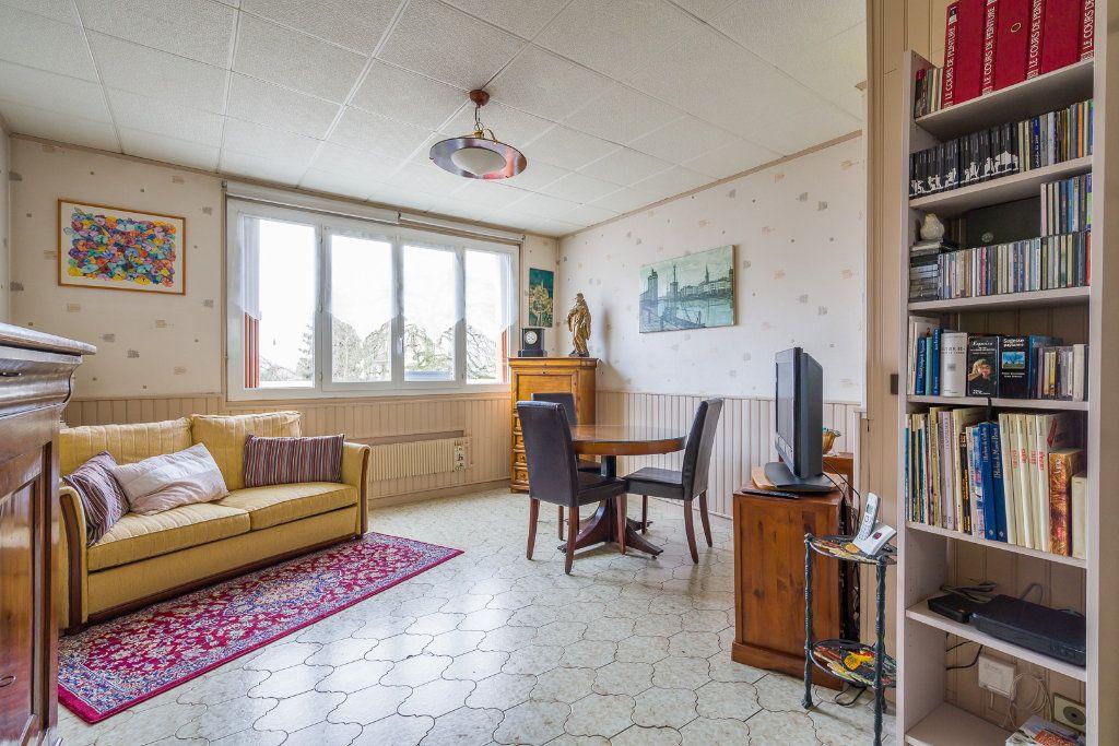 Appartement à vendre 4 63.05m2 à Villiers-sur-Marne vignette-1
