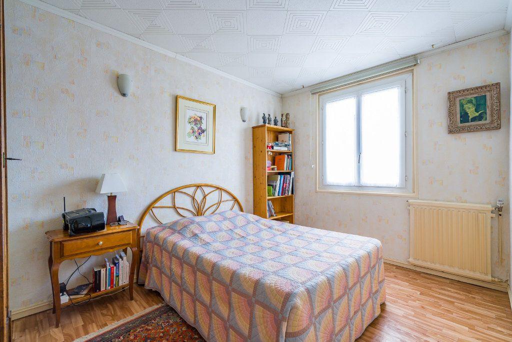 Appartement à vendre 4 63.05m2 à Villiers-sur-Marne vignette-4
