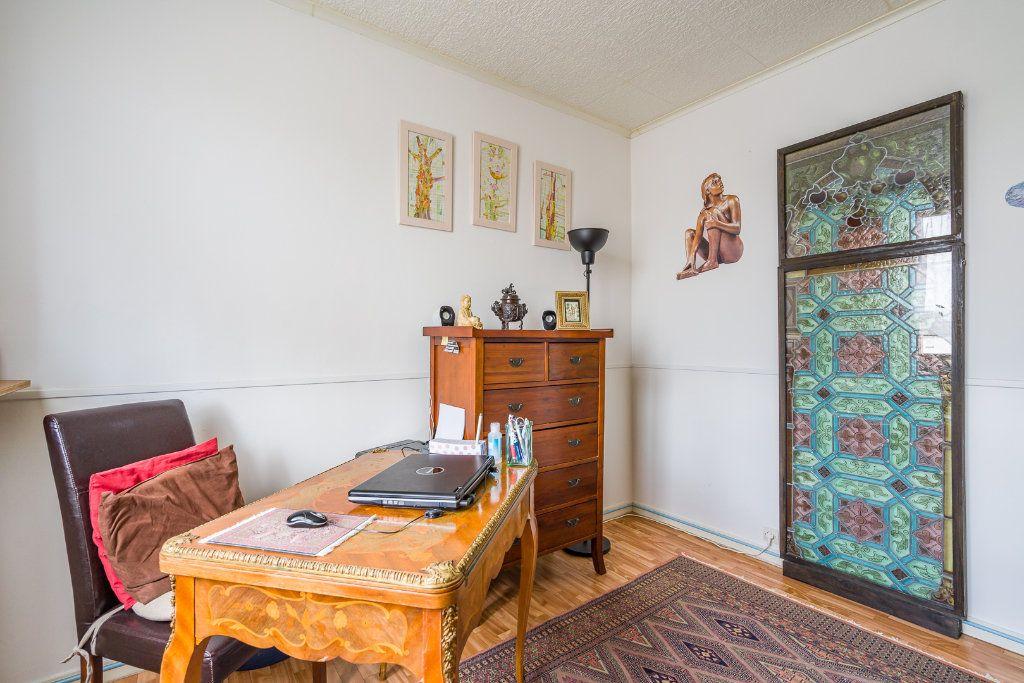 Appartement à vendre 4 63.05m2 à Villiers-sur-Marne vignette-5
