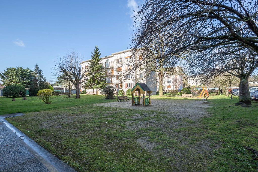 Appartement à vendre 3 53m2 à Villiers-sur-Marne vignette-1