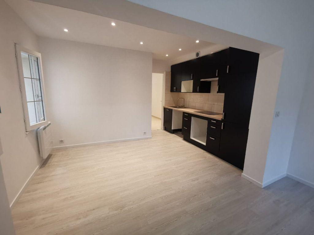 Maison à louer 3 60.34m2 à Pontault-Combault vignette-1