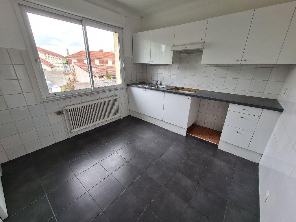 Appartement à louer 3 84m2 à Champigny-sur-Marne vignette-4