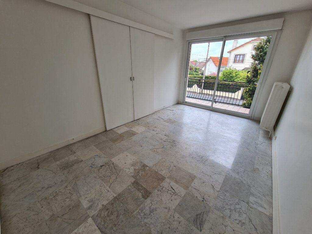 Appartement à louer 3 84m2 à Champigny-sur-Marne vignette-7