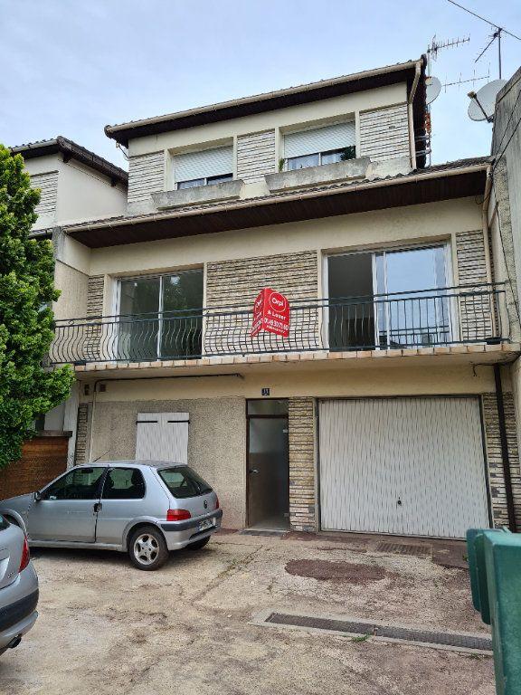 Appartement à louer 3 84m2 à Champigny-sur-Marne vignette-10