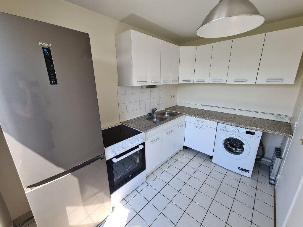 Appartement à louer 3 58.25m2 à Gournay-sur-Marne vignette-6
