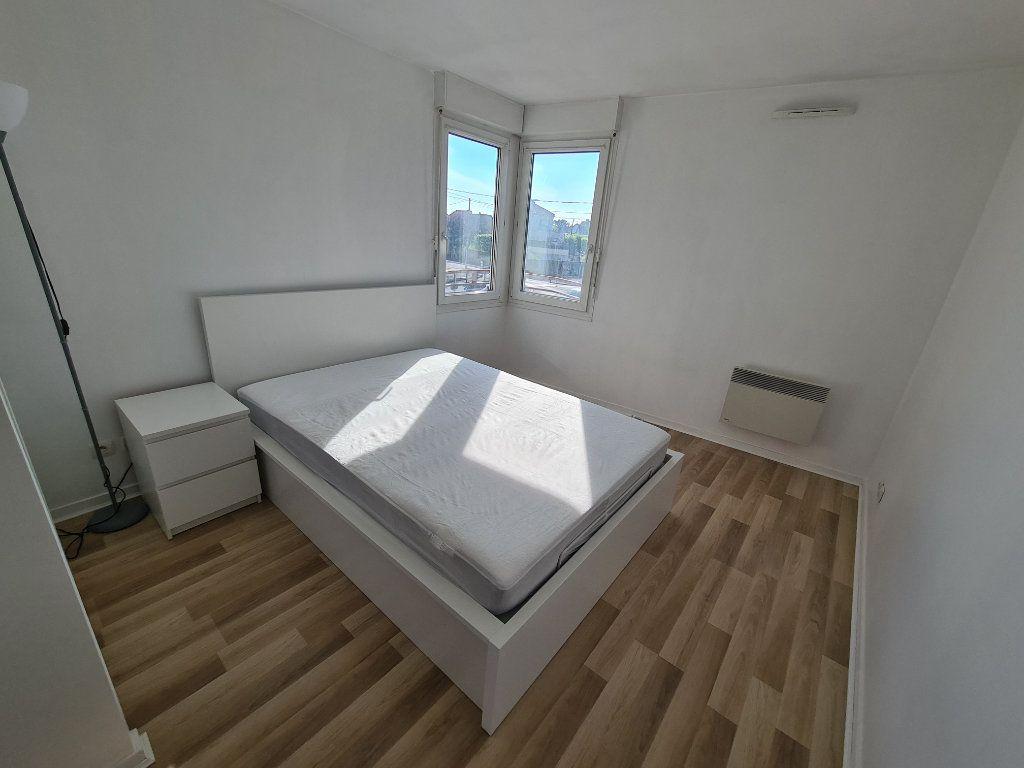 Appartement à louer 3 58.25m2 à Gournay-sur-Marne vignette-7