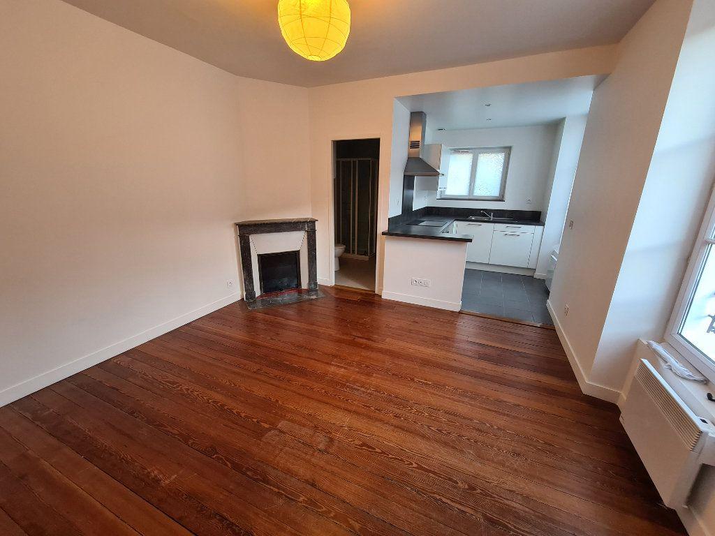 Appartement à louer 1 22.32m2 à Lagny-sur-Marne vignette-1