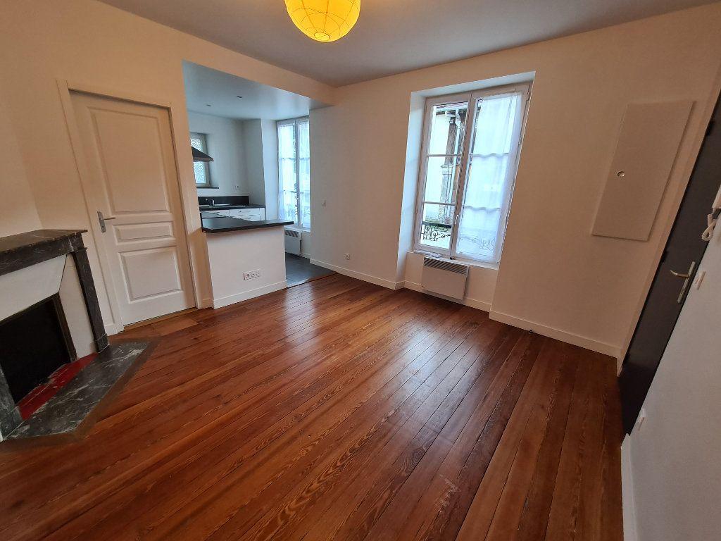 Appartement à louer 1 22.32m2 à Lagny-sur-Marne vignette-2