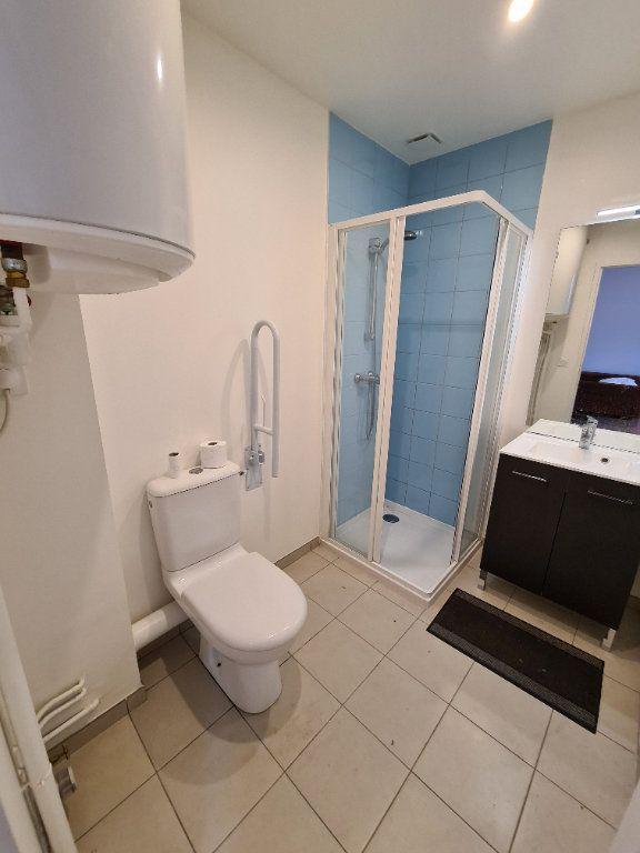 Appartement à louer 1 22.32m2 à Lagny-sur-Marne vignette-4