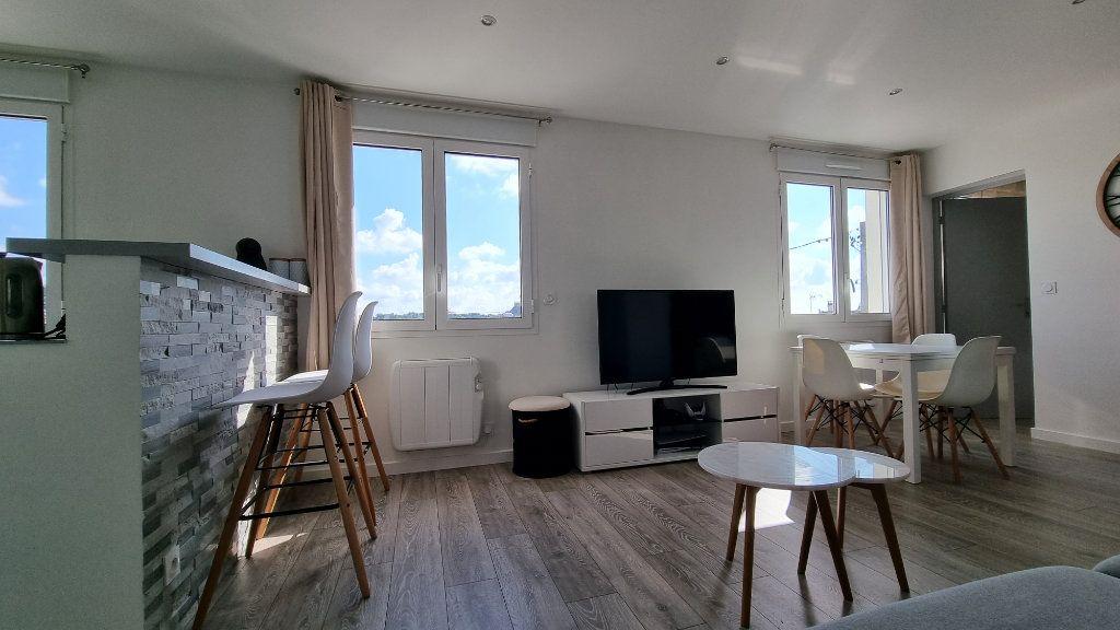Appartement à louer 2 39.48m2 à Pontault-Combault vignette-5