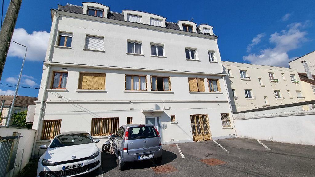 Appartement à louer 2 39.48m2 à Pontault-Combault vignette-8