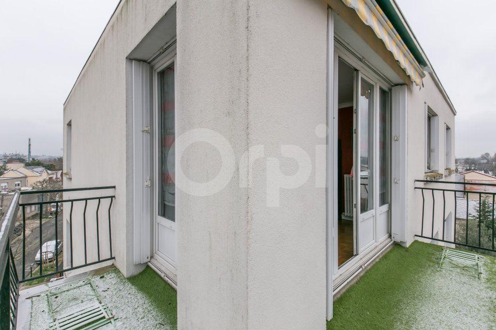 Appartement à vendre 3 69.86m2 à Saint-Maur-des-Fossés vignette-13