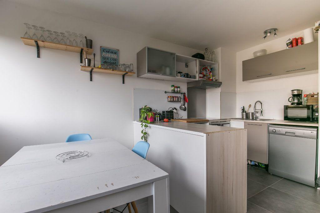 Appartement à vendre 3 61m2 à Chennevières-sur-Marne vignette-2