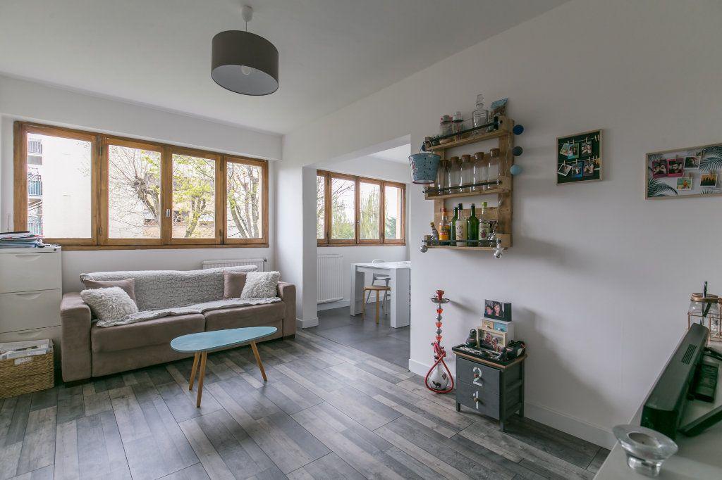 Appartement à vendre 3 61m2 à Chennevières-sur-Marne vignette-7
