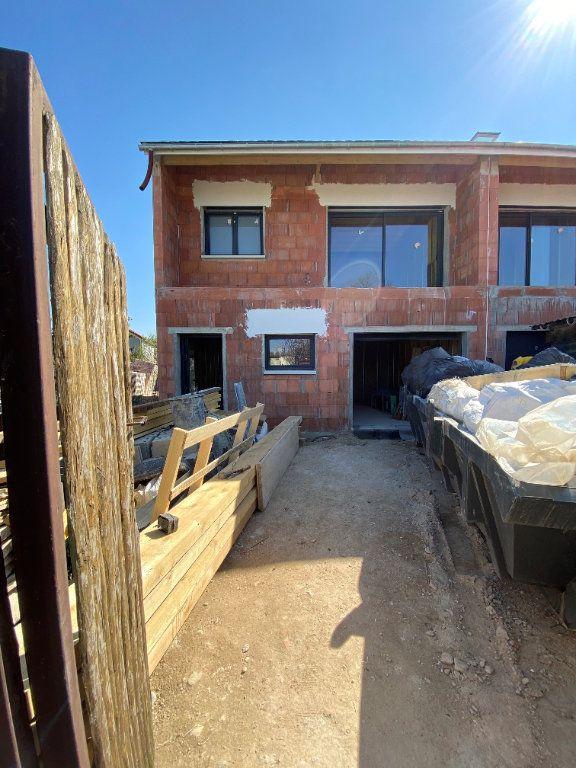Maison à vendre 7 150m2 à Ormesson-sur-Marne vignette-4