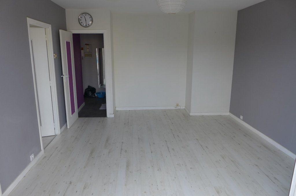Appartement à louer 2 44m2 à Montreuil vignette-1