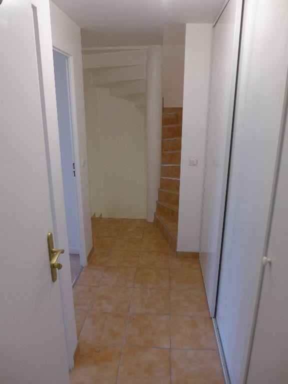 Appartement à vendre 4 83.12m2 à Rosny-sous-Bois vignette-7