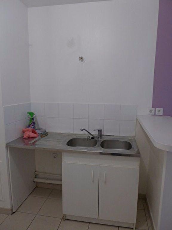 Appartement à louer 2 41.19m2 à Rosny-sous-Bois vignette-2