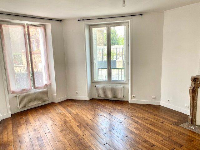 Appartement à louer 2 48.87m2 à Rosny-sous-Bois vignette-2