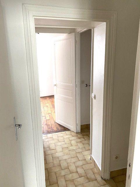 Appartement à louer 2 48.87m2 à Rosny-sous-Bois vignette-11