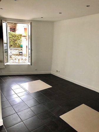Appartement à louer 2 34m2 à Neuilly-Plaisance vignette-3