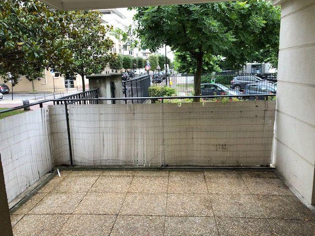 Appartement à louer 4 70.16m2 à Le Bourget vignette-15