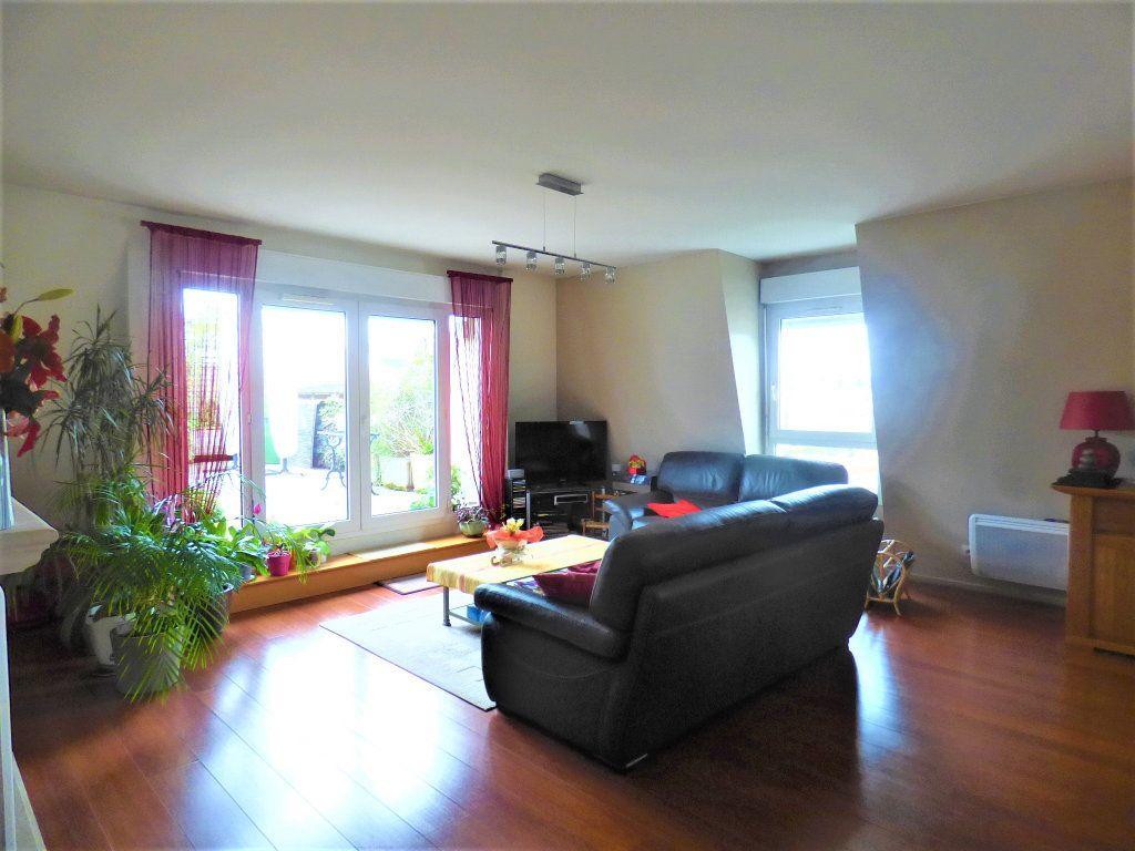 Appartement à vendre 5 104m2 à Livry-Gargan vignette-4