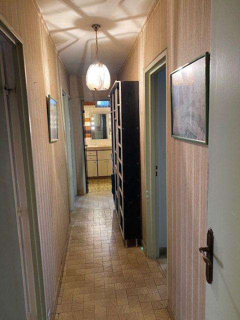 Appartement à louer 5 86.87m2 à Rosny-sous-Bois vignette-4
