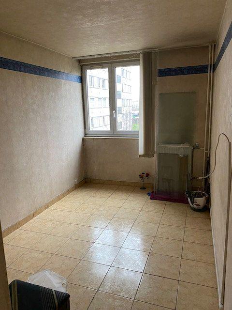 Appartement à louer 5 86.87m2 à Rosny-sous-Bois vignette-10