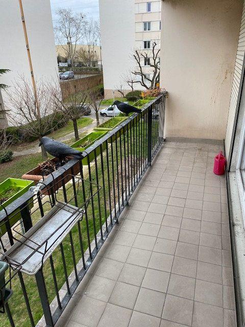Appartement à louer 5 86.87m2 à Rosny-sous-Bois vignette-12