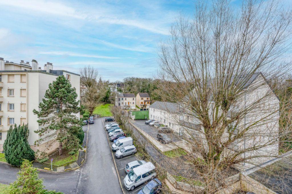 Appartement à vendre 3 53.11m2 à Rosny-sous-Bois vignette-3