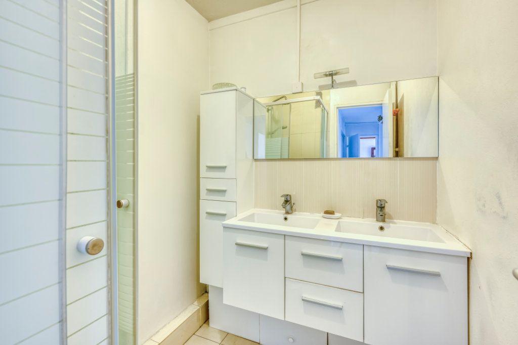 Appartement à vendre 3 53.11m2 à Rosny-sous-Bois vignette-8