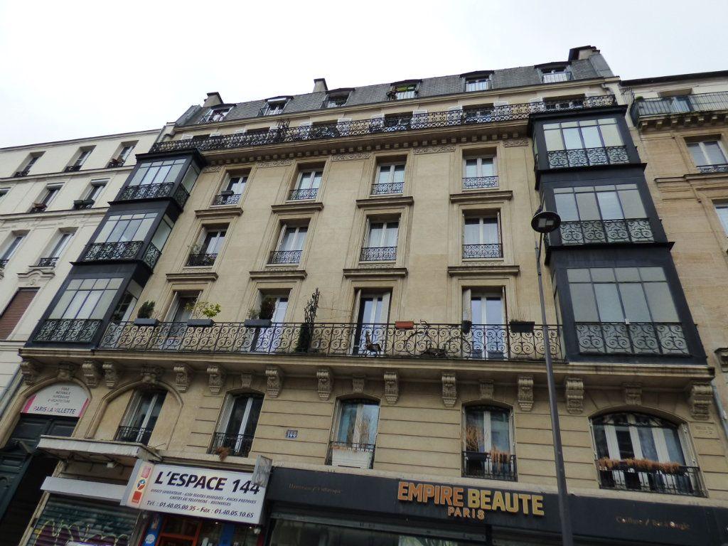 Appartement à vendre 1 13.15m2 à Paris 19 vignette-1