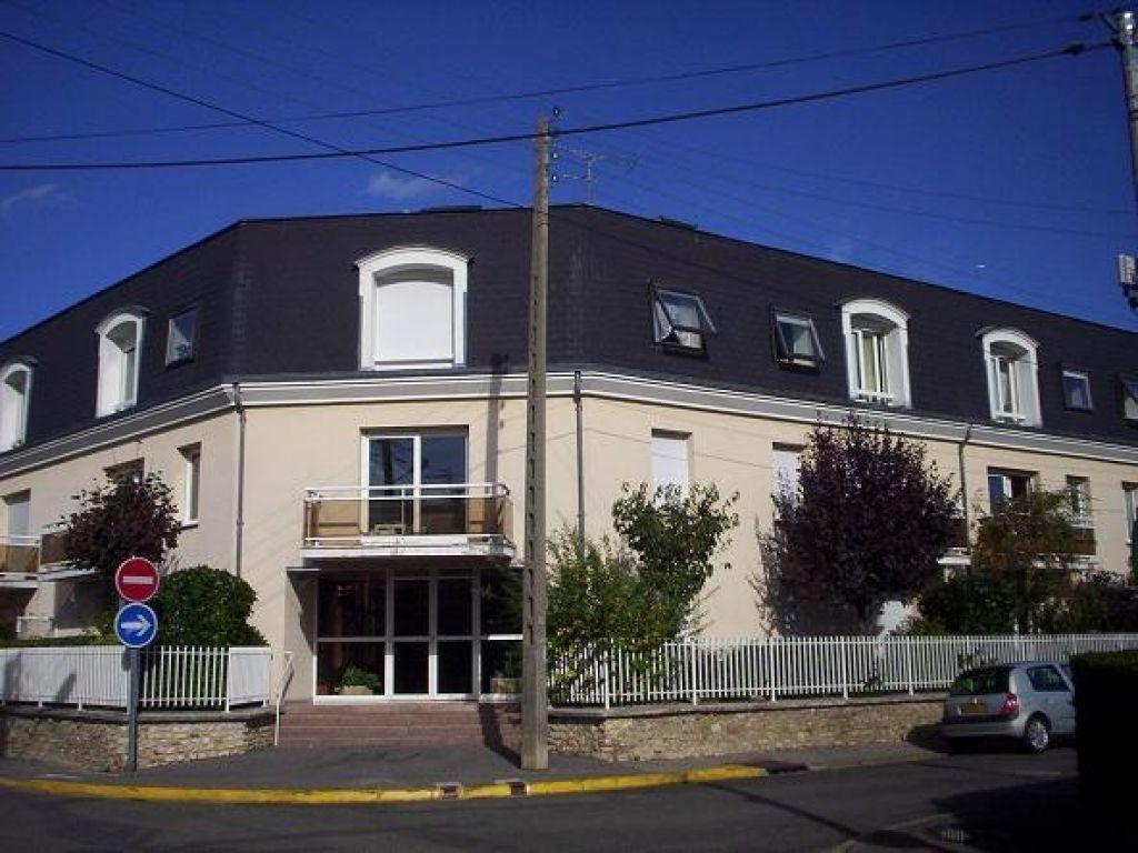 Appartement à louer 2 39.37m2 à Ozoir-la-Ferrière vignette-1