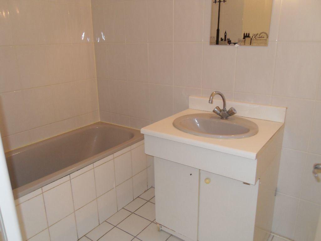 Appartement à louer 2 39.37m2 à Ozoir-la-Ferrière vignette-4