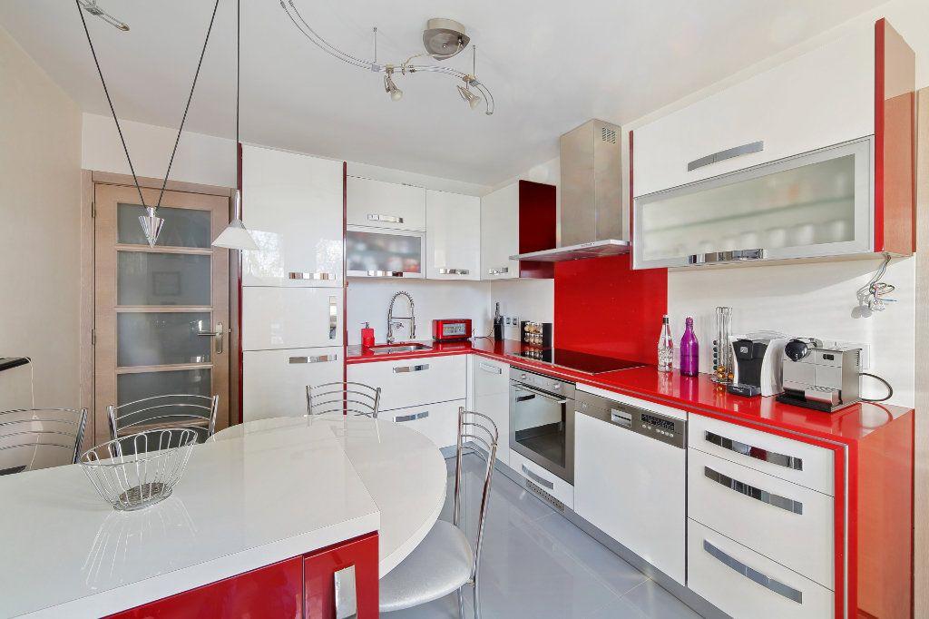 Maison à vendre 8 190m2 à Ozoir-la-Ferrière vignette-7