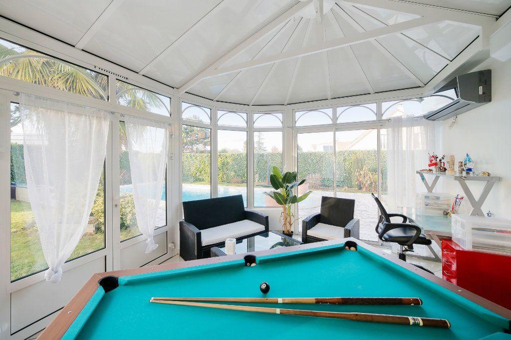 Maison à vendre 8 190m2 à Ozoir-la-Ferrière vignette-8