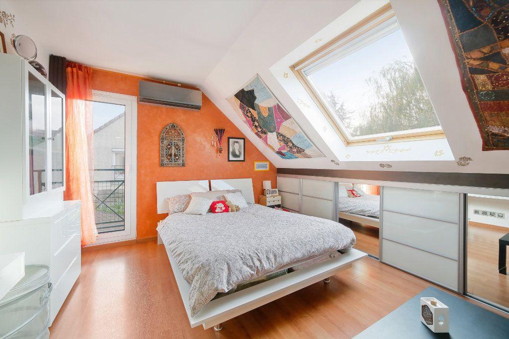 Maison à vendre 8 190m2 à Ozoir-la-Ferrière vignette-10