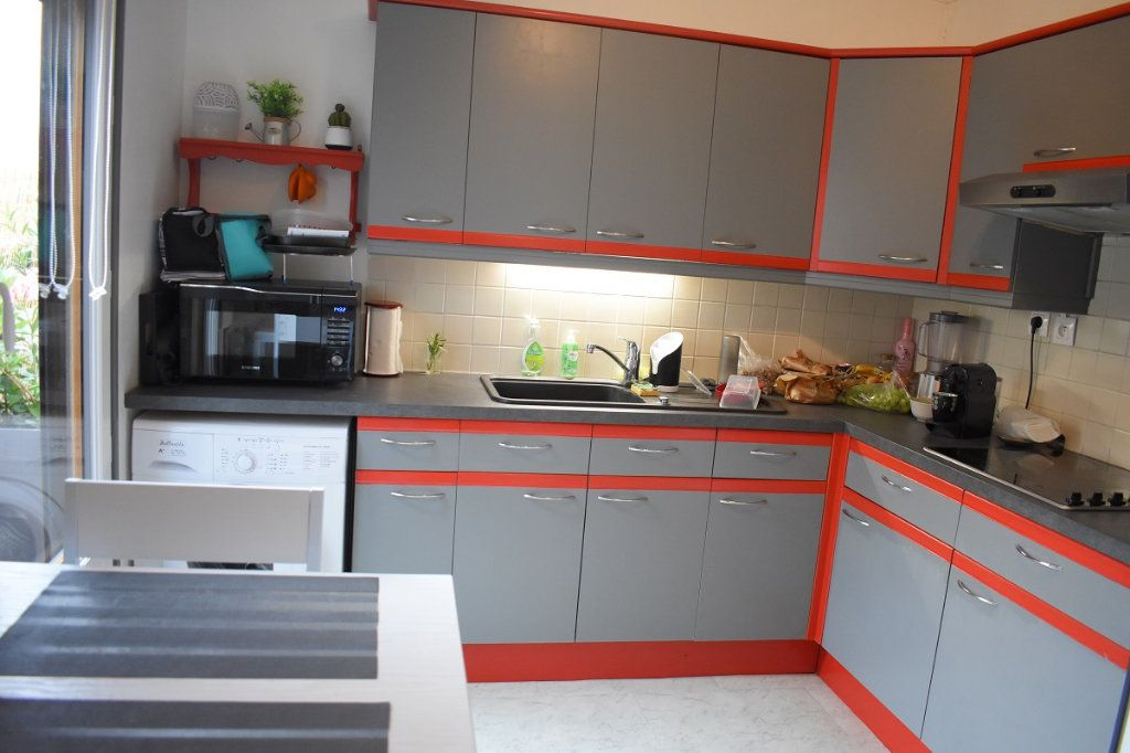 Appartement à vendre 3 63m2 à Gretz-Armainvilliers vignette-4