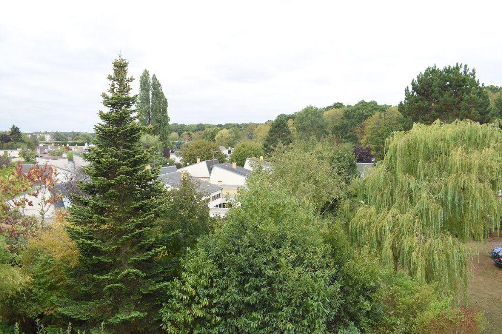 Appartement à vendre 3 63m2 à Gretz-Armainvilliers vignette-5