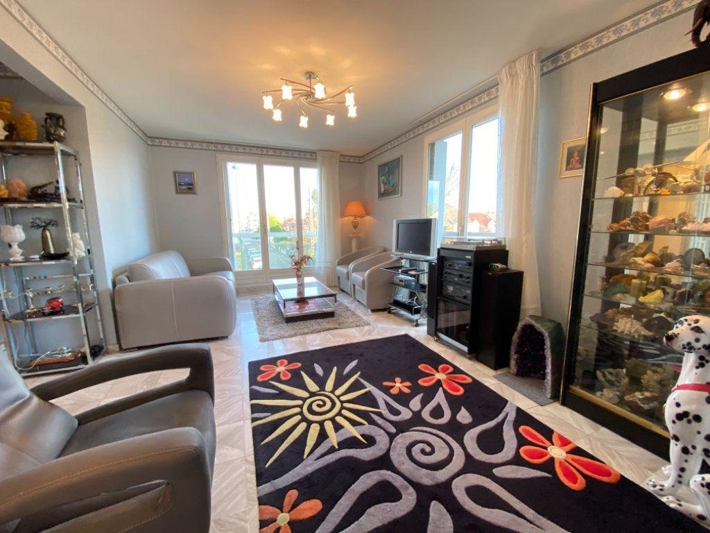 Appartement à vendre 4 72.64m2 à Ozoir-la-Ferrière vignette-2