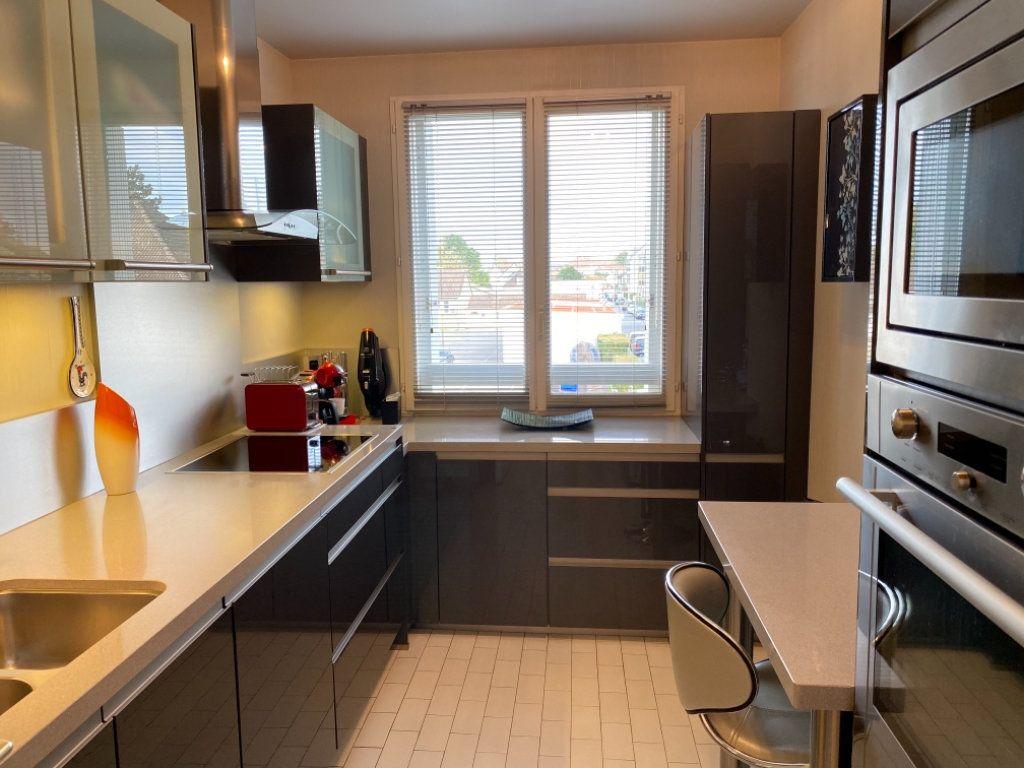 Appartement à vendre 4 72.64m2 à Ozoir-la-Ferrière vignette-5